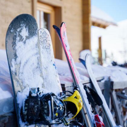Richiedi il servizio di noleggio sci sugli impianti da sci del Monte Zoncolan direttamente dall'Hotel Del Negro